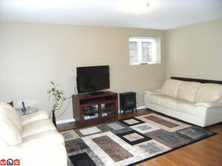 """Photo 8: 6333 167A Street in Surrey: Cloverdale BC House for sale in """"CLOVER RIDGE"""" (Cloverdale)  : MLS®# F1113809"""