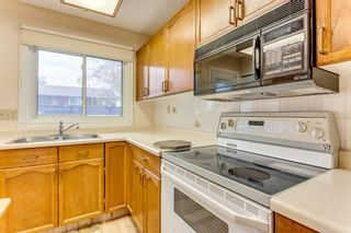 Photo 8: 2619 Dovely Court SE in Calgary: Dover Row/Townhouse for sale : MLS®# A1152690
