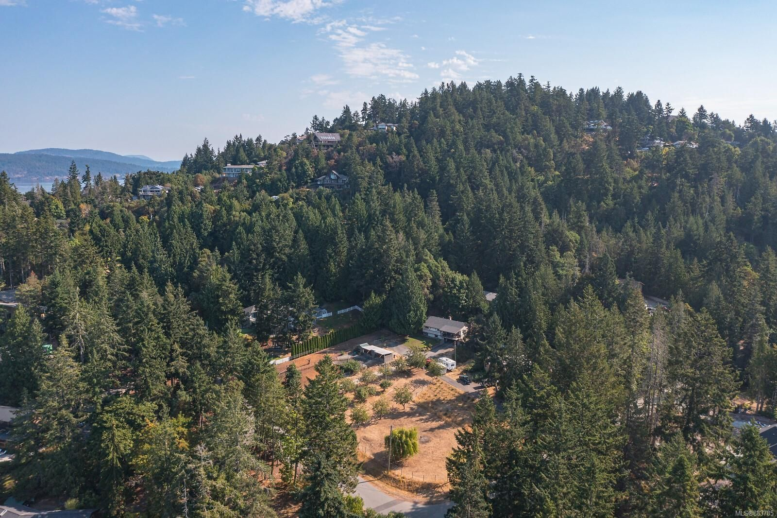 Main Photo: 11255 Nitinat Rd in : NS Lands End House for sale (North Saanich)  : MLS®# 883785
