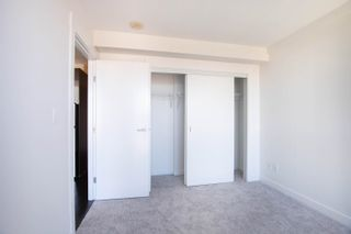 """Photo 13: 2002 10777 UNIVERSITY Drive in Surrey: Whalley Condo for sale in """"CITY POINT"""" (North Surrey)  : MLS®# R2595806"""