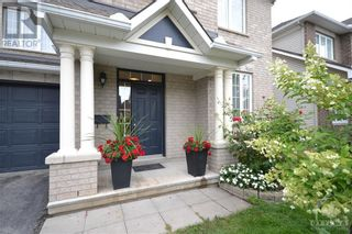 Photo 2: 22 GREATWOOD CRESCENT in Ottawa: House for sale : MLS®# 1258576