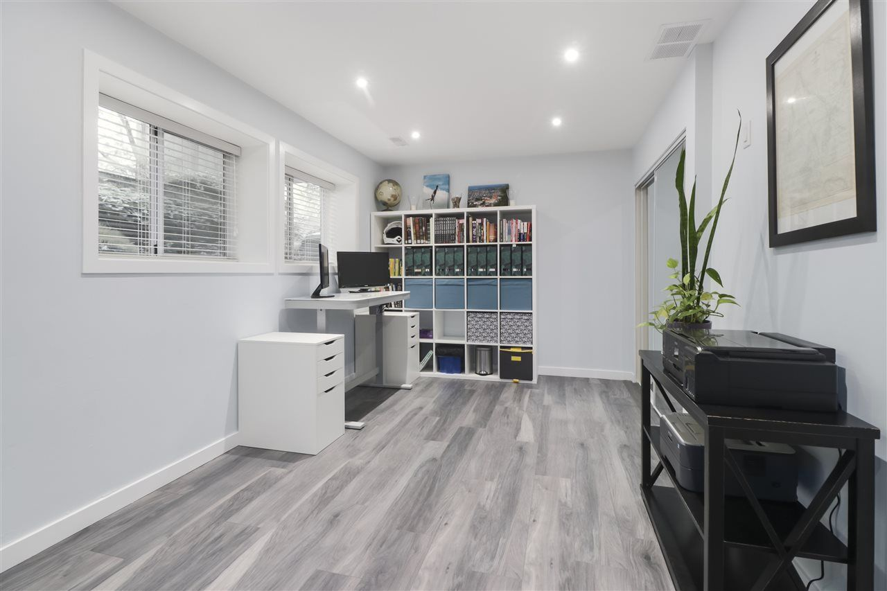 """Photo 19: Photos: 8881 LARKFIELD Drive in Burnaby: Forest Hills BN Townhouse for sale in """"PRIMROSE HILL"""" (Burnaby North)  : MLS®# R2494951"""