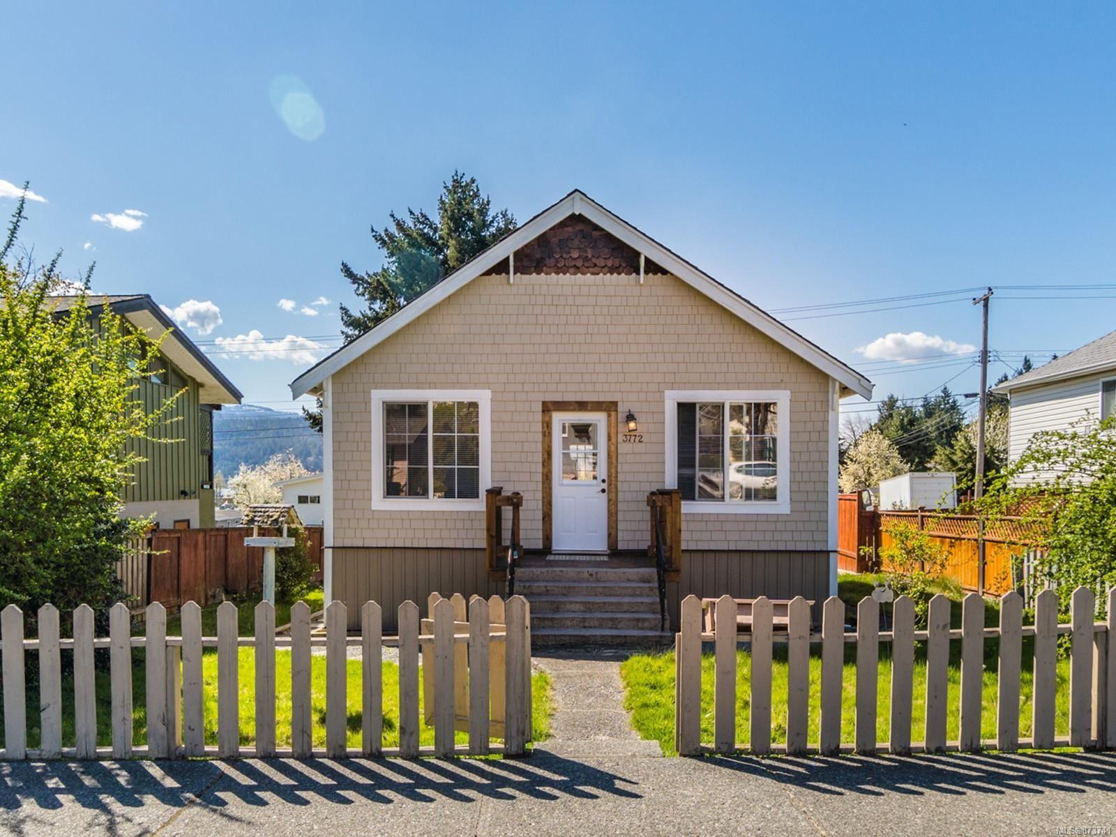 Main Photo: 3772 6th Ave in : PA Port Alberni House for sale (Port Alberni)  : MLS®# 873741