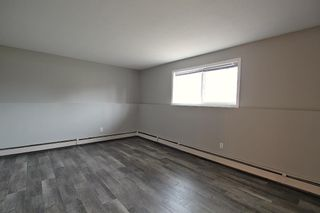 Photo 5: 5501 37 Street: Red Deer Multi Family for sale : MLS®# A1130594