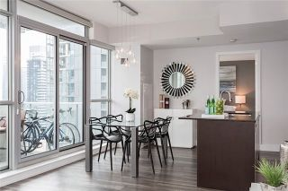 Photo 4: 375 King St W Unit #3307 in Toronto: Waterfront Communities C1 Condo for sale (Toronto C01)  : MLS®# C3695020