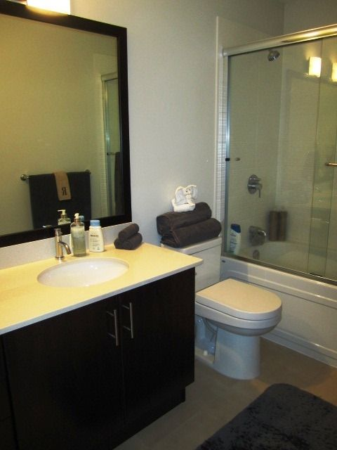 Photo 9: Photos: 307 7777 ROYAL OAK AVENUE in Burnaby: South Slope Condo for sale (Burnaby South)  : MLS®# R2062164