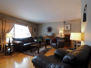 Photo 3: 10 Radisson Avenue in Portage la Prairie: House for sale : MLS®# 202103465