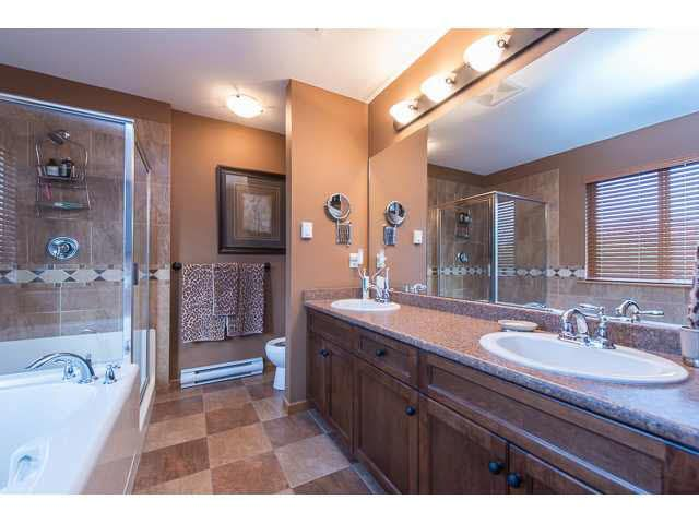 """Photo 11: Photos: 75 24185 106B Avenue in Maple Ridge: Albion Townhouse for sale in """"TRAILS EDGE"""" : MLS®# V1121758"""