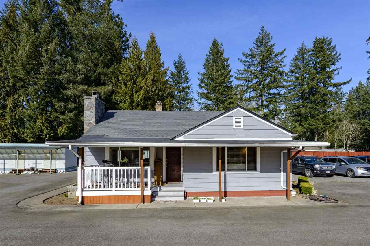 Main Photo: 24421 FRASER Highway in Langley: Salmon River House for sale : MLS®# R2551912