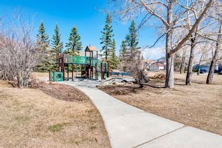Photo 5: 205 Hawkmount Close NW in Calgary: Hawkwood Detached for sale : MLS®# A1092533