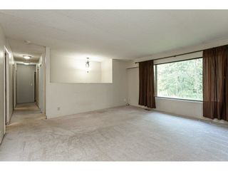 """Photo 6: 3625 208 Street in Langley: Brookswood Langley House for sale in """"Brookswood"""" : MLS®# R2496320"""