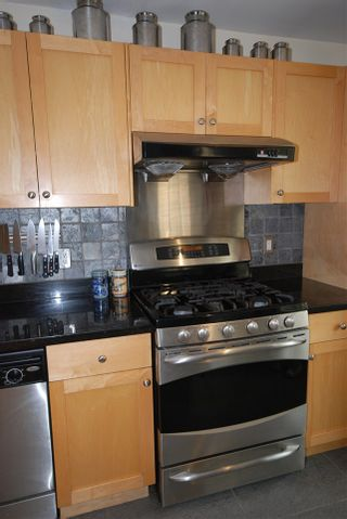 Photo 6: 1921 LAKEWOOD Drive in Vancouver: Grandview VE House for sale (Vancouver East)  : MLS®# R2195198