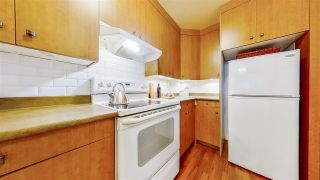 """Photo 13: 204 1623 E 2ND Avenue in Vancouver: Grandview Woodland Condo for sale in """"GRANDVIEW MANOR"""" (Vancouver East)  : MLS®# R2502510"""