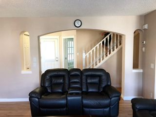 Photo 7: 403 Cresthaven Place SW in Calgary: Crestmont Detached for sale : MLS®# A1132554