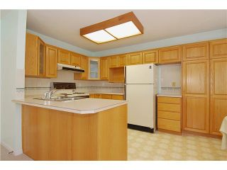 """Photo 5: 9 7760 BLUNDELL Road in Richmond: Broadmoor Townhouse for sale in """"SUNNYMEDE ESTATES"""" : MLS®# V942111"""