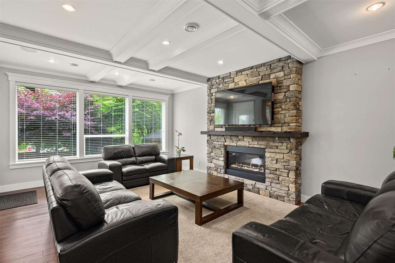 """Photo 10: Photos: 7796 211B Street in Langley: Willoughby Heights House for sale in """"YORKSON"""" : MLS®# R2480434"""