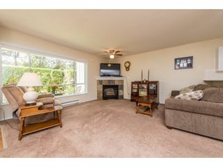 Photo 4: 7 13640 84 AVENUE in Surrey: Bear Creek Green Timbers Townhouse for sale : MLS®# R2106504