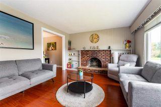 Photo 6: 46038 LARTER Avenue in Chilliwack: Fairfield Island House for sale : MLS®# R2574171