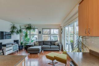 Photo 3: 302 2940 Harriet Rd in Saanich: SW Gorge Condo for sale (Saanich West)  : MLS®# 859049