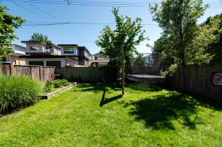 """Photo 21: 201 E 19TH Street in North Vancouver: Central Lonsdale House for sale in """"Finlay's Row"""" : MLS®# R2591250"""