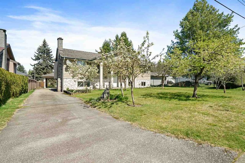 FEATURED LISTING: 919 RUNNYMEDE Avenue Coquitlam