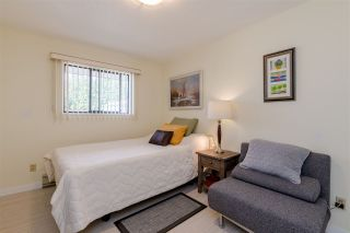 "Photo 12: 406 1350 VIDAL Street: White Rock Condo for sale in ""SEAPARK EAST"" (South Surrey White Rock)  : MLS®# R2433543"