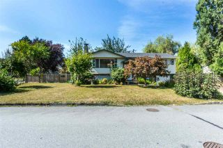 Photo 2: 12085 GEE STREET in Maple Ridge: East Central House for sale : MLS®# R2303678