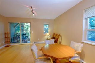 """Photo 3: 11 2720 CHEAKAMUS Way in Whistler: Bayshores Townhouse for sale in """"EAGLECREST"""" : MLS®# R2139572"""