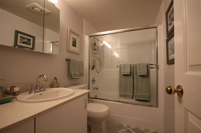 Photo 6: Photos: #203-925 W 15TH AV in VANCOUVER: Fairview VW Condo for sale (Vancouver West)  : MLS®# R2214676
