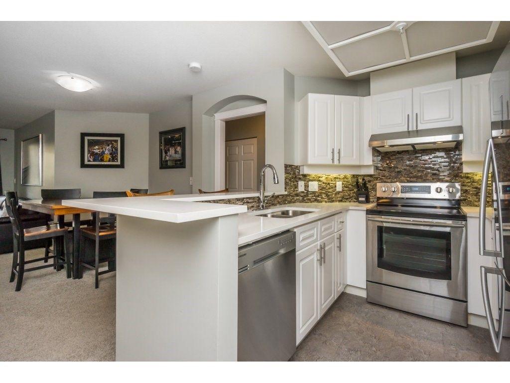 "Photo 4: Photos: 316 22025 48 Avenue in Langley: Murrayville Condo for sale in ""Autumn Ridge"" : MLS®# R2120963"