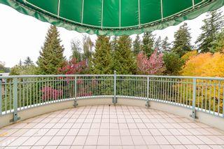 """Photo 5: 405 1705 MARTIN Drive in Surrey: White Rock Condo for sale in """"Southwynds"""" (South Surrey White Rock)  : MLS®# R2625485"""