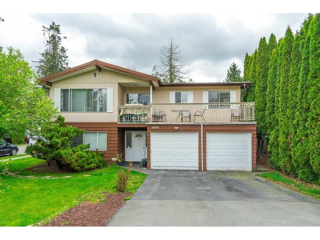 Main Photo: 5000 203 Street in Langley: Langley City House for sale : MLS®# R2572132