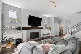 Photo 2: 10468 Mcheachern Street in Maple Rdige: Albion House for sale (Maple Ridge)  : MLS®# R2581718