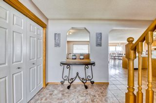 Photo 3: 60 Edgeridge Close NW in Calgary: Edgemont Detached for sale : MLS®# A1112714