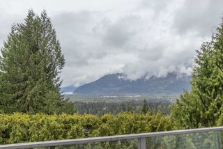 Photo 10: 1003 TOBERMORY Way in Squamish: Garibaldi Highlands House for sale : MLS®# R2572074