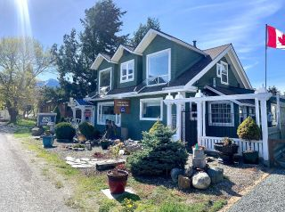 Photo 3: 243 FRONT STREET in Kaslo: House for sale : MLS®# 2458278