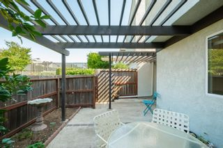 Photo 3: UNIVERSITY CITY Townhouse for sale : 2 bedrooms : 9595 Easter Way #8 in San Diego