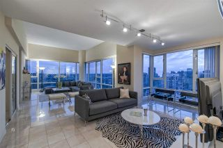 """Photo 6: 3905 1033 MARINASIDE Crescent in Vancouver: Yaletown Condo for sale in """"QUAYWEST"""" (Vancouver West)  : MLS®# R2366439"""