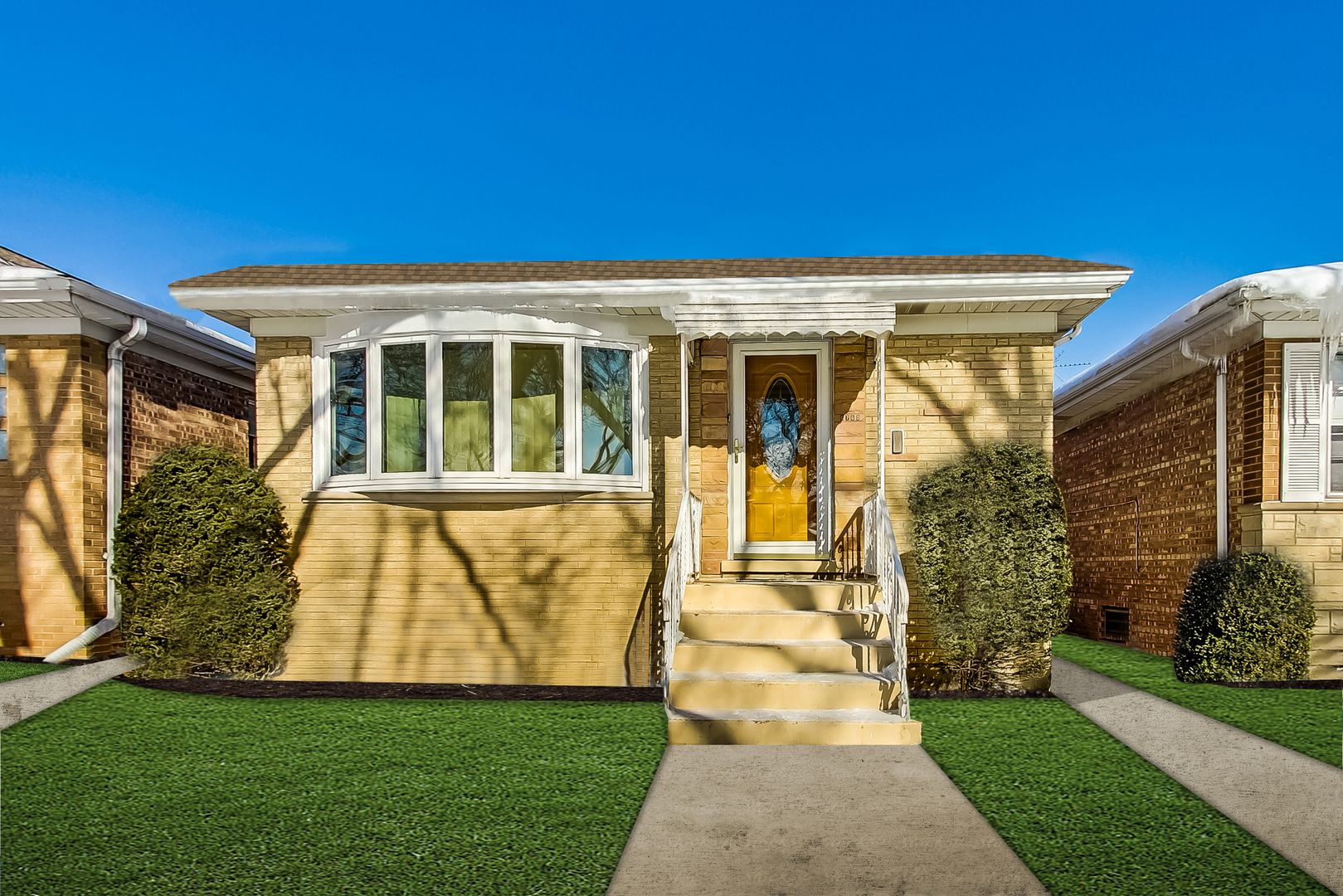 Main Photo: 6760 W Rascher Avenue in Chicago: CHI - Norwood Park Residential for sale ()  : MLS®# 10999741