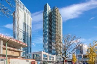 """Main Photo: 906 4670 ASSEMBLY Way in Burnaby: Metrotown Condo for sale in """"STATION SQUARE"""" (Burnaby South)  : MLS®# R2546390"""