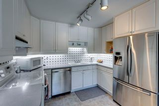 Photo 12: 4 Varslea Place NW in Calgary: Varsity Detached for sale : MLS®# A1145098