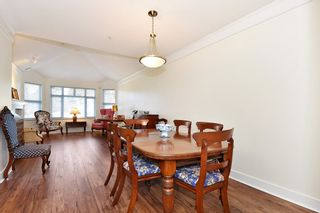 """Photo 5: 306 3088 W 41ST Avenue in Vancouver: Kerrisdale Condo for sale in """"THE LANESBOROUGH"""" (Vancouver West)  : MLS®# R2339683"""