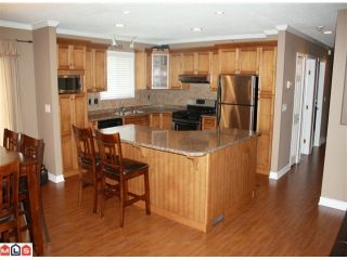 """Photo 1: 34855 CHAMPLAIN in Abbotsford: Abbotsford East House for sale in """"McMillan & Everett area"""" : MLS®# F1011087"""