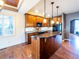 Photo 6: 529 24 Avenue NE in Calgary: Winston Heights/Mountview Semi Detached for sale : MLS®# A1021988