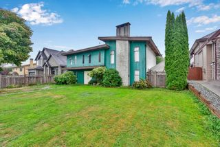 Photo 1: 15554 104A Avenue in Surrey: Guildford House for sale (North Surrey)  : MLS®# R2545063