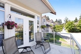 """Photo 5: 23 11860 RIVER Road in Surrey: Royal Heights Townhouse for sale in """"Cypress Ridge"""" (North Surrey)  : MLS®# R2171750"""