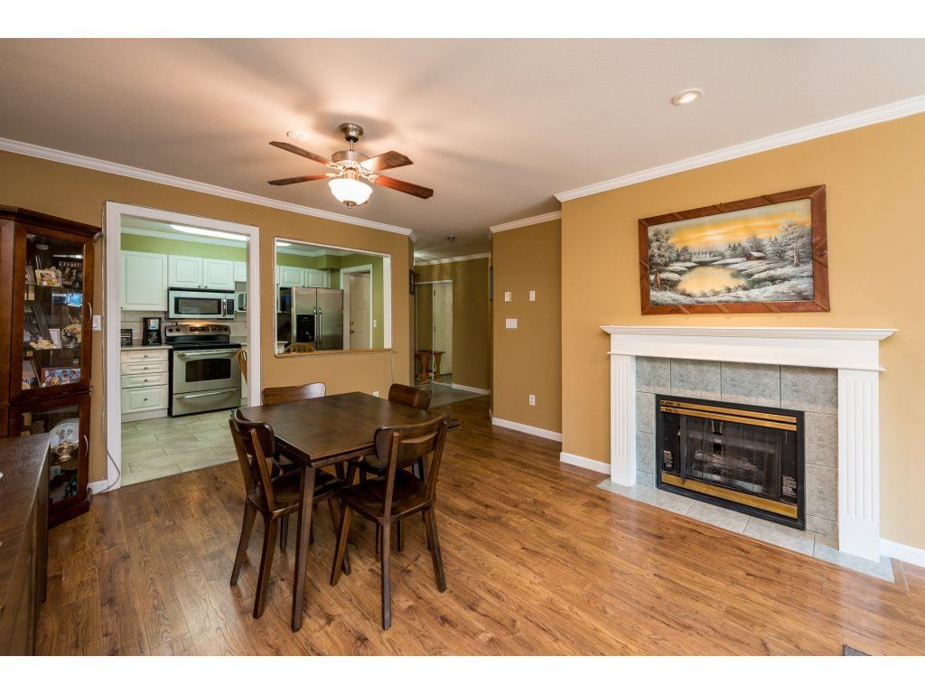 """Photo 5: Photos: 201 9626 148TH Street in Surrey: Guildford Condo for sale in """"Hartfood Woods"""" (North Surrey)  : MLS®# R2329881"""