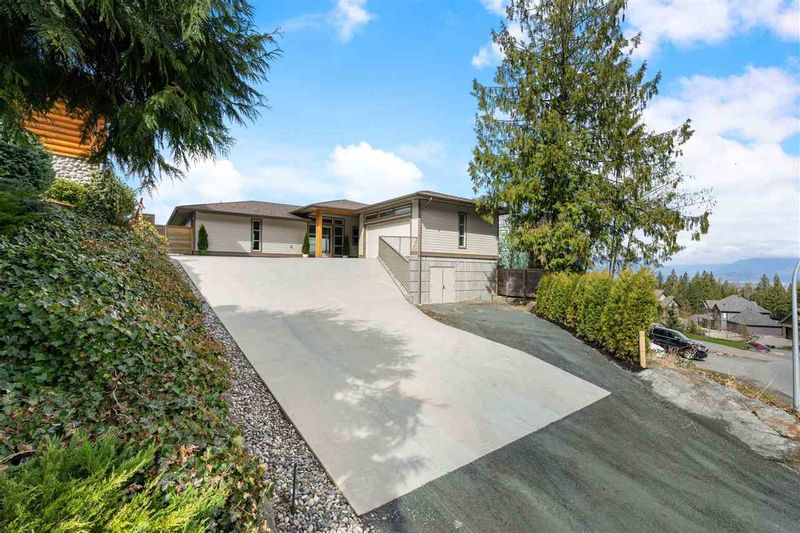 FEATURED LISTING: 7245 MARBLE HILL Road Chilliwack