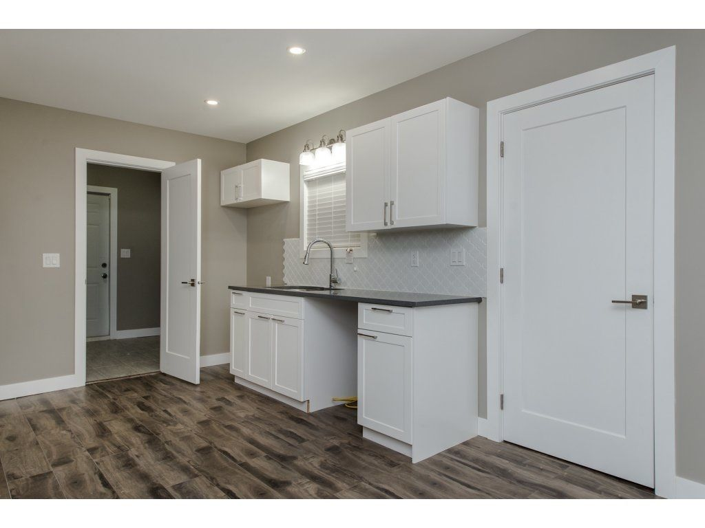 Photo 9: Photos: 9422 COOK Street in Chilliwack: Chilliwack N Yale-Well House for sale : MLS®# R2324374