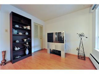"Photo 14: 104 621 E 6TH Avenue in Vancouver: Mount Pleasant VE Condo for sale in ""FAIRMONT PLACE"" (Vancouver East)  : MLS®# V1077176"